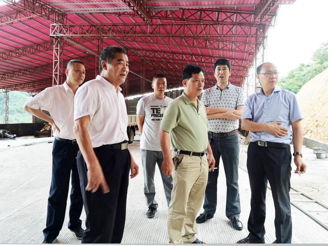 四川南部县副县长带领该县各部门领导到广东梅州蕉岭县处理场学习调研